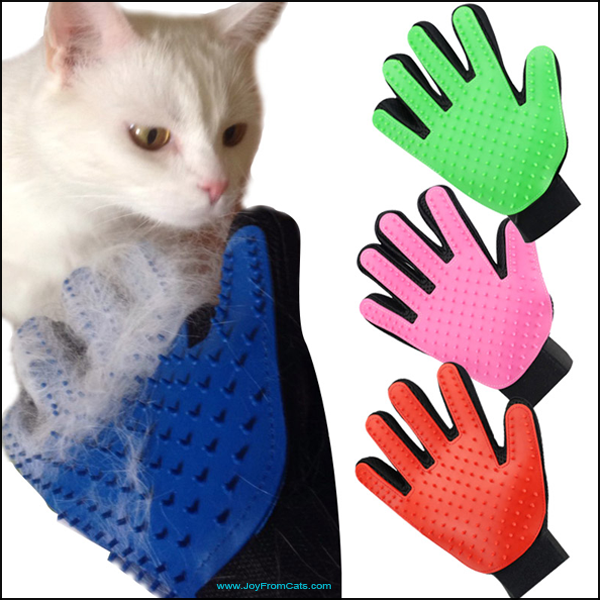 Cat Deshedding Grooming Glove - www.JoyFromCats.com