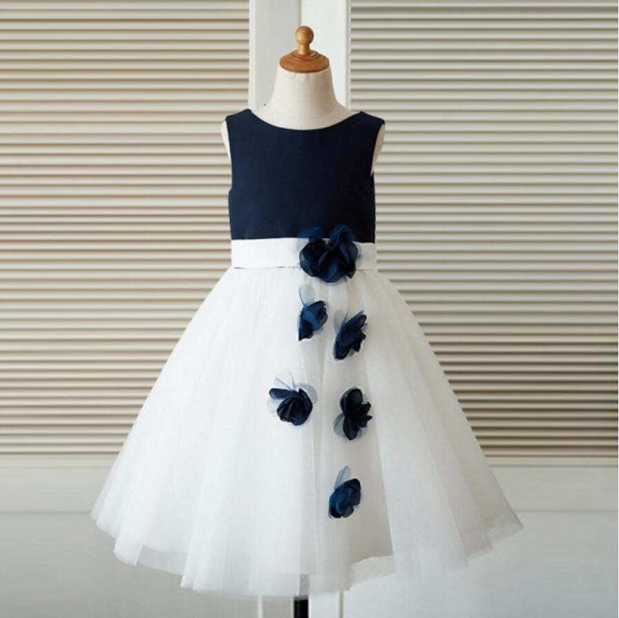 Sleeveless applique round neck princess dress navy blue shirt white sleeveless applique round neck princess dress navy blue shirt white dress flower girl dress izmirmasajfo