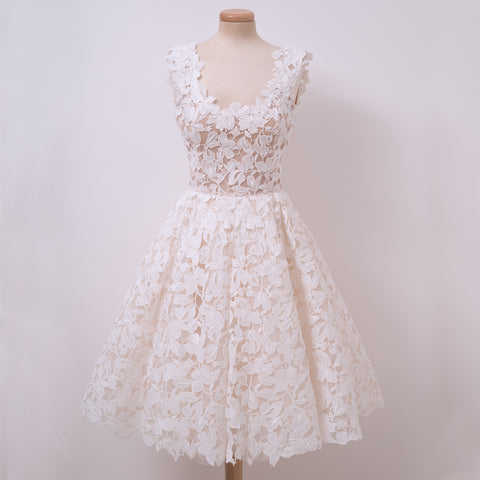 Charming Lace A-Line Elegant Sleeveless Homecoming Dress, D1313