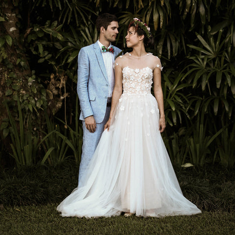 New Arrival Tulle A-Line Wedding Dress, Honest Applique Wedding Dress, D1080