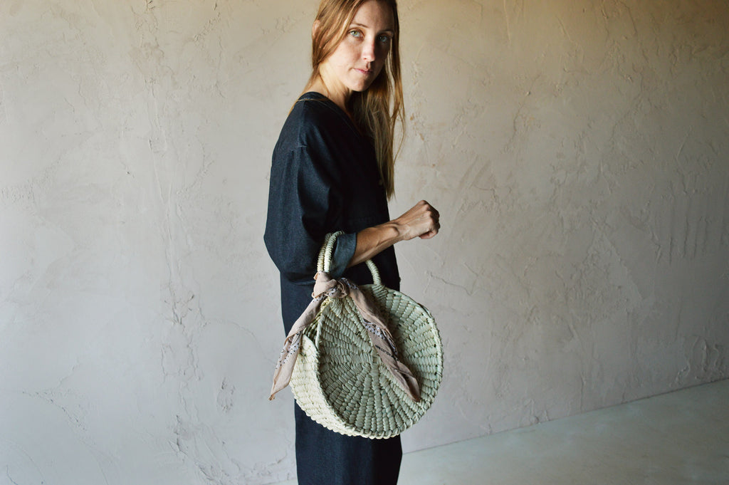 Circle Woven Palm Bag - Medium