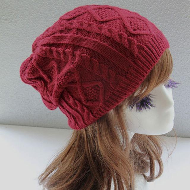 Twist Pattern Knitted Beanie - HEATHLEAF