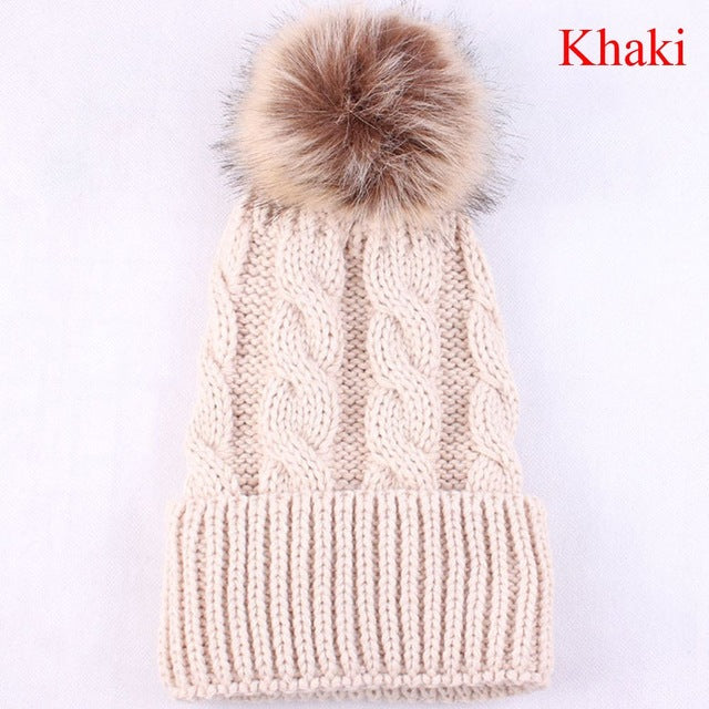 Women's Warm Pom-Pom Beanie - HEATHLEAF
