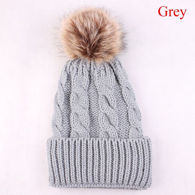 Cute Pom Pom Beanie Warm Knitted Wool Cap for Winter Gray