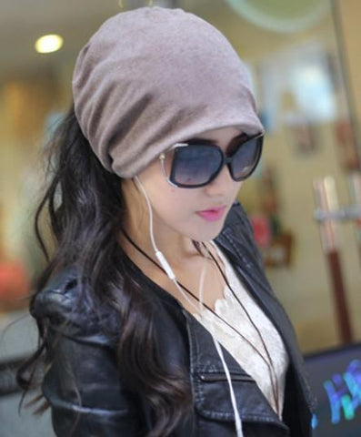 Women's Winter Fashion Ponytail Friendly Beanie