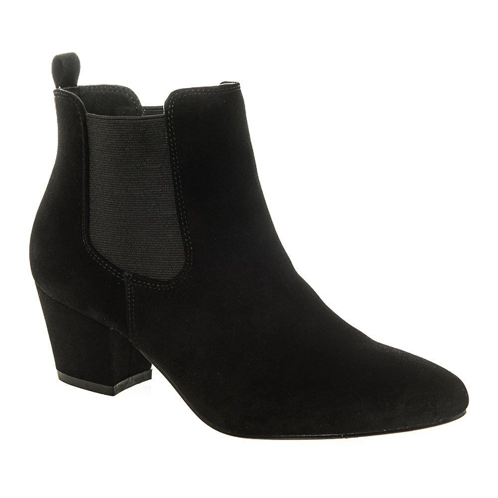 Medium Cuban Heel Elastic Gusset Chelsea Boot With Soft Curved Toe