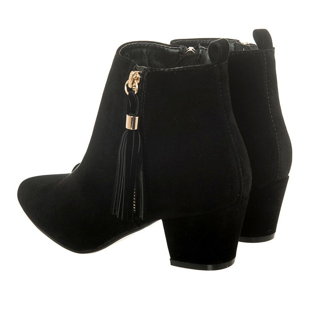 Medium Cuban Heel Pointed Toe Side Zip Ankle Boot