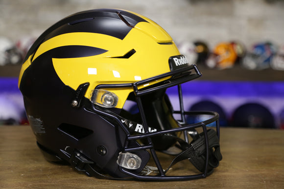 Michigan Wolverines Riddell SpeedFlex Authentic Helmet