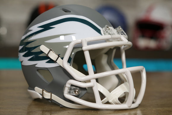 Philadelphia Eagles Limited Edition AMP Mini Helmet