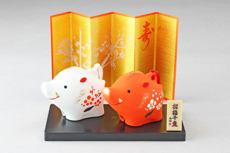 Double Pig Ornament with Display Screen by Yakushigama