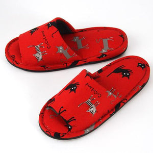 Black Cat Pattern Slipper - Red