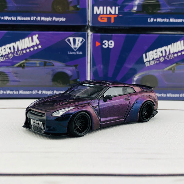 MINI GT 1/64 LIBERTYWALK LB★WORKS Nissan GTR (R35) Type 1, Rear Wing ver 2 Magic Purple Japan Exclusive MGT00039-R