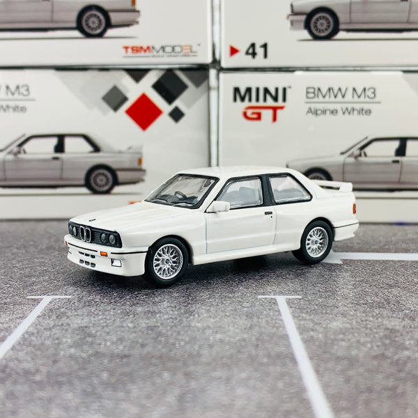 MINI GT 1/64 BMW M3 (E30) Alpine White RHD MGT00041-R