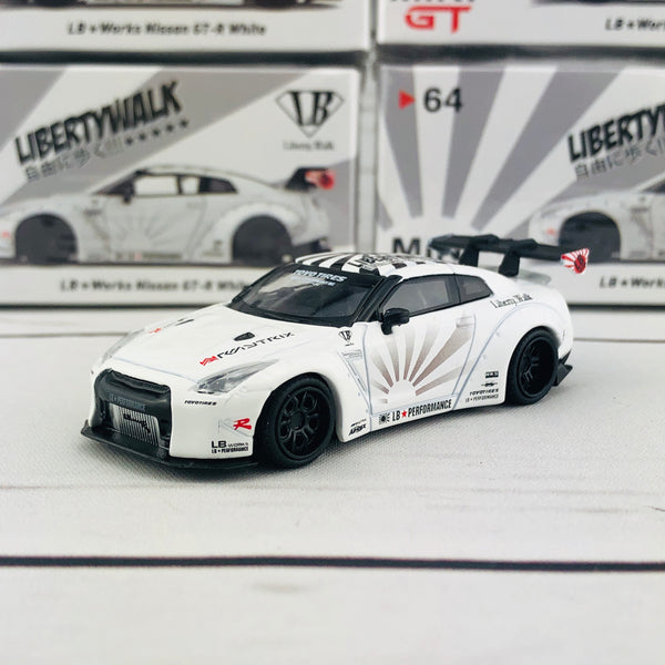 MINI GT 1/64 LB★WORKS Nissan GT-R (R35) Type 1 , Rear Wing ver 1+2 White RHD MGT00064-R
