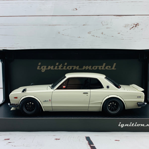 Ignition Model 1/18 Nissan Skyline 2000 GTR KPGC10 White IG1787