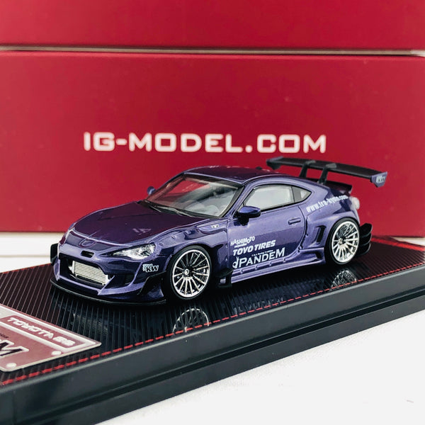 Ignition Model 1/64 Pandem Toyota 86 V3 Purple Metallic 1755