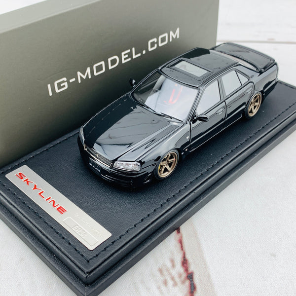 Ignition Model 1/43 Nissan Skyline 25GT Turbo ER34 Black IG1614