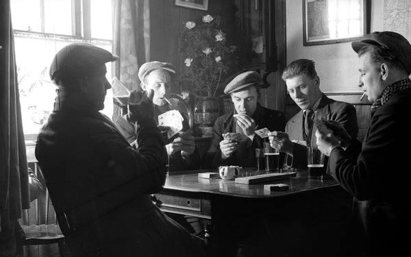 The Bluebell Abbey Guide to Being British: Pubs and Pub Etiquette