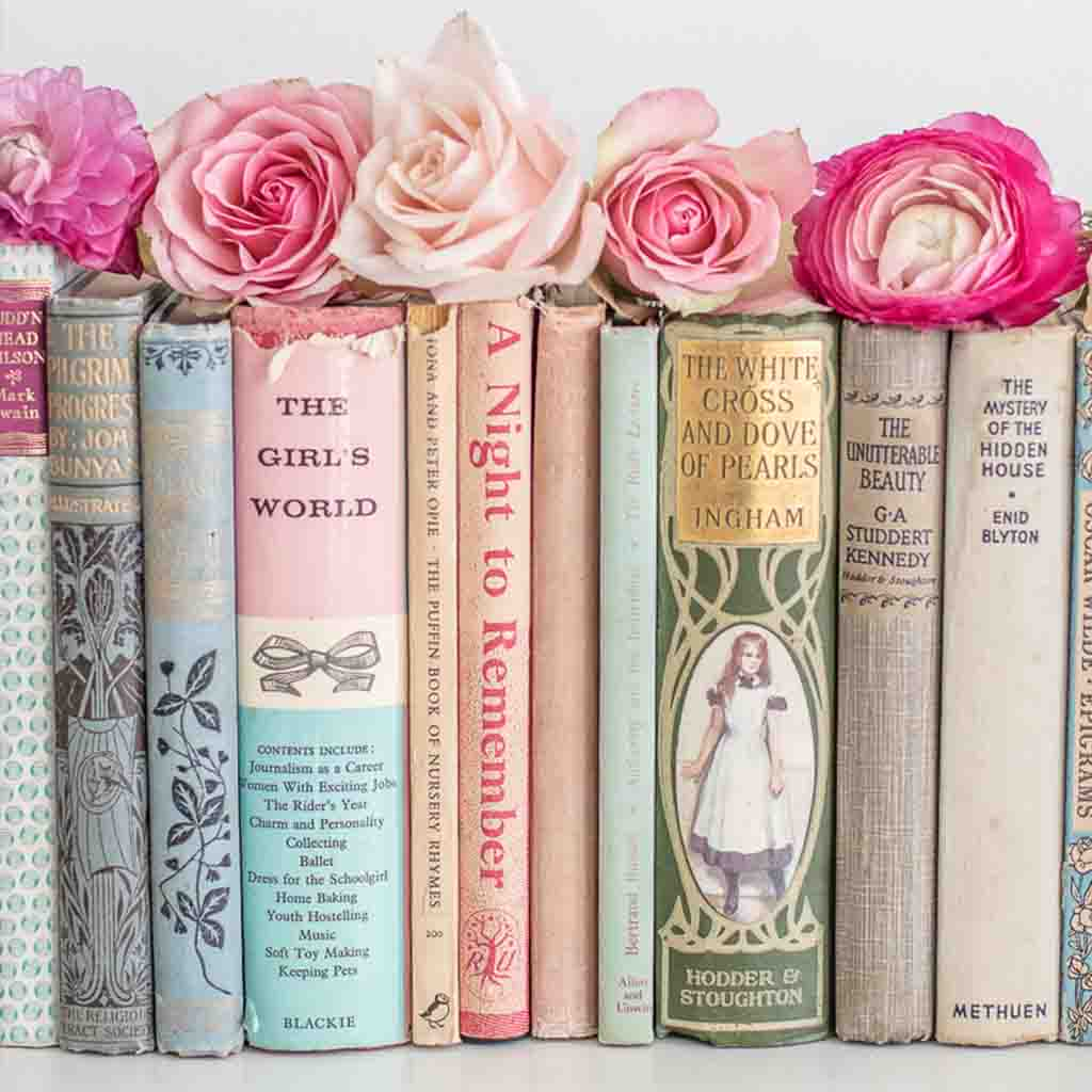 shop country house 2.0 chic books with the country house library