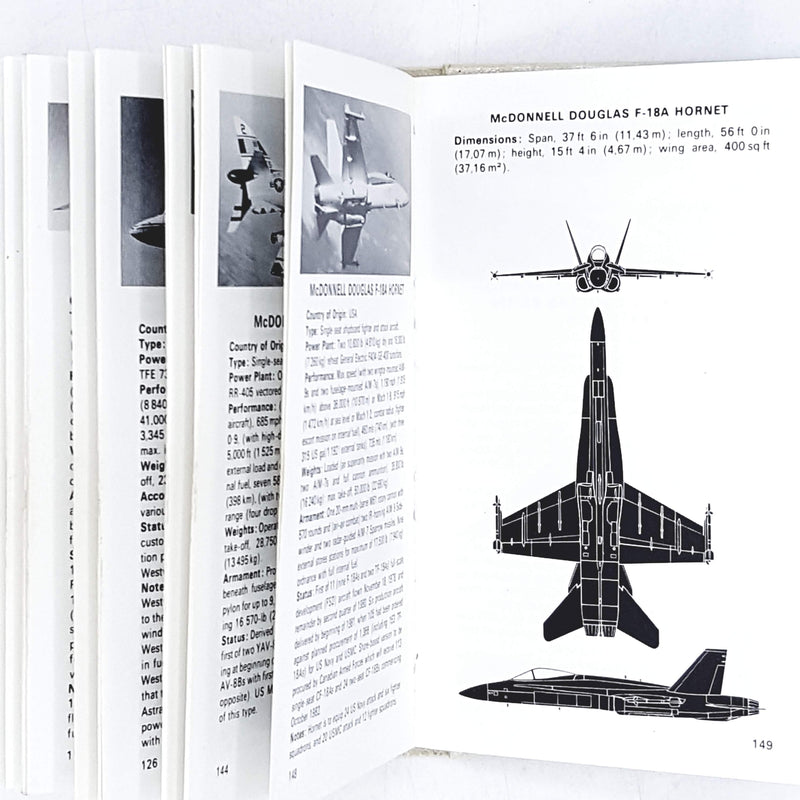 The Observer's Book of Aircraft by William Green 1981