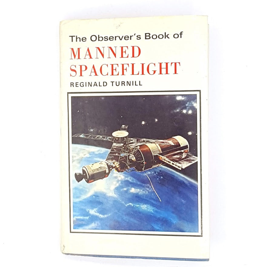 antique-books-patterned-observer-old-flight-classic-decorative-space-country-house-library-manned-spaceflight-thrift-1972-vintage-