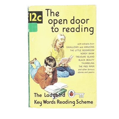 vintage-ladybird-the-open-door-to-reading-british-books-country-house-library