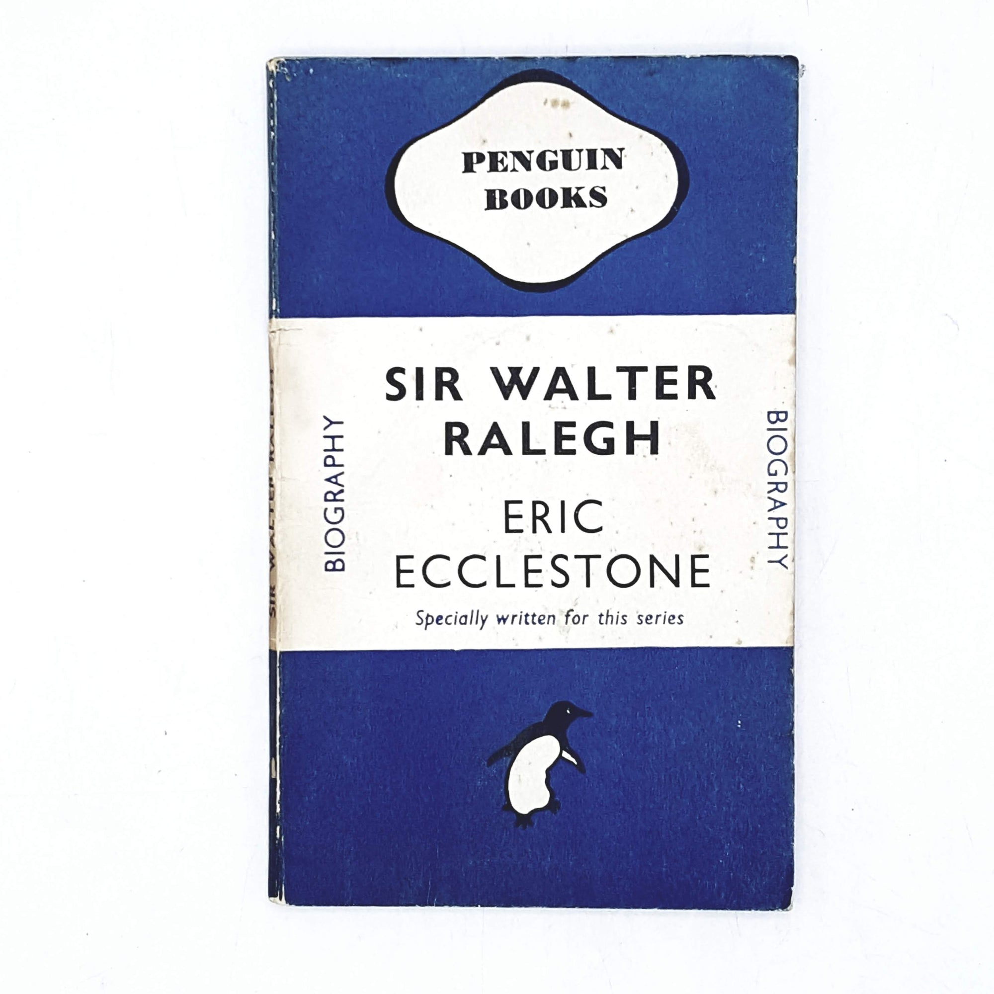 vintage-penguin-sir-walkter-ralegh-blue-biography-country-house-library