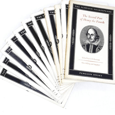 penguin-drama-shakespeare-collection-white-country-house-library