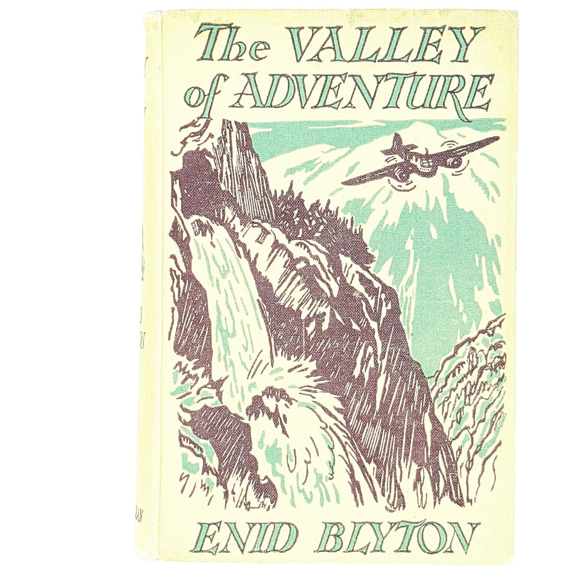 Illustrated Enid Blyton's The Valley of Adventure 1947