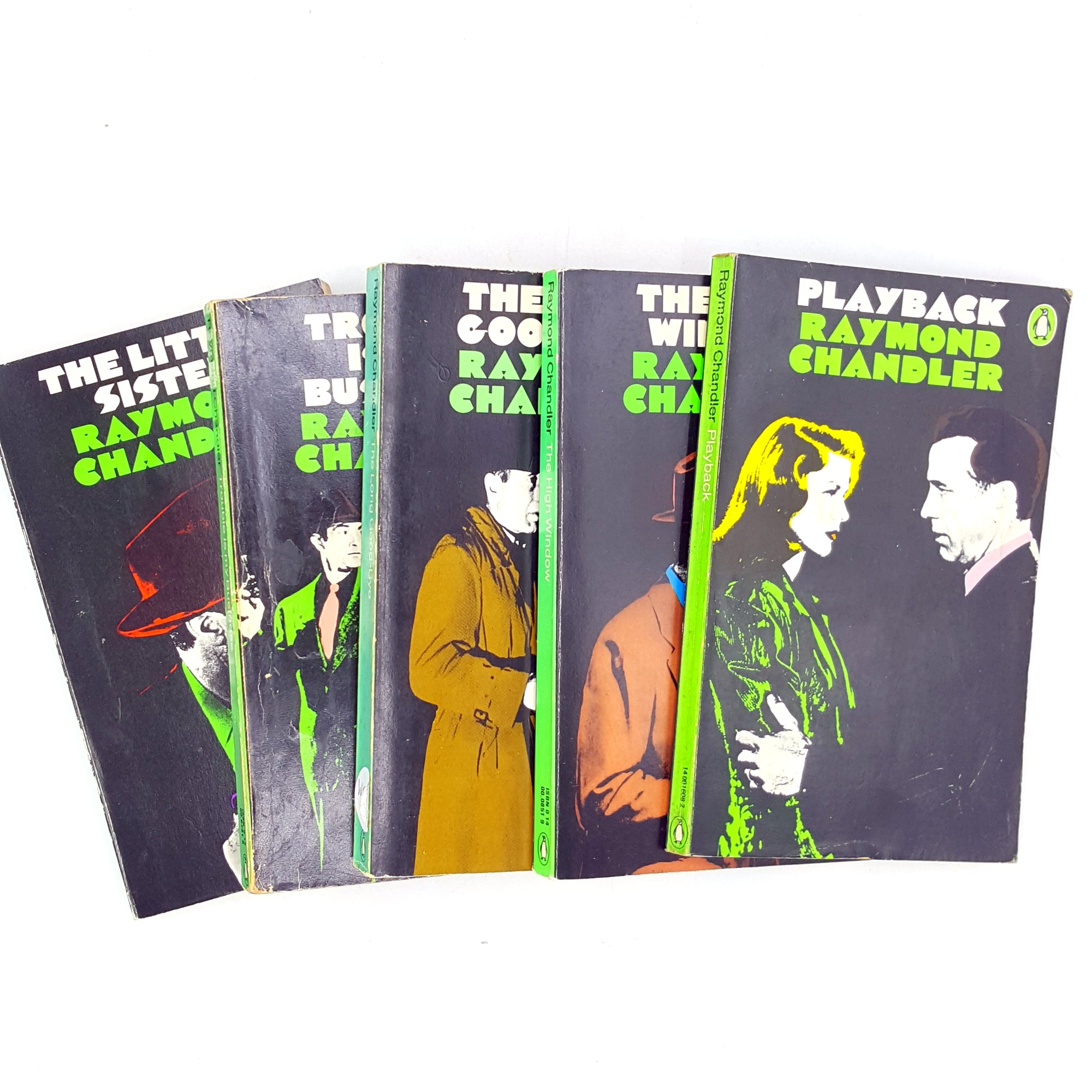 Vintage Raymond Chandler Penguin Collection