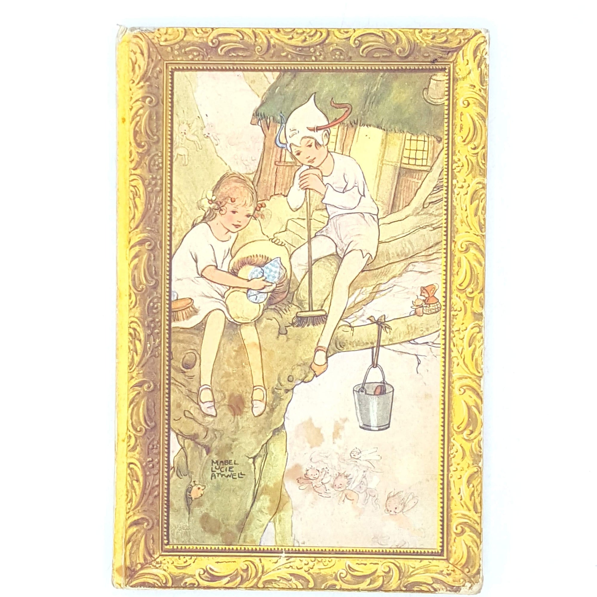 country-house-library-wendy-classics-thrift-jmbarrie-peter-pan-vintage-childrens-illustrated-books-brockhampton-old-beige-