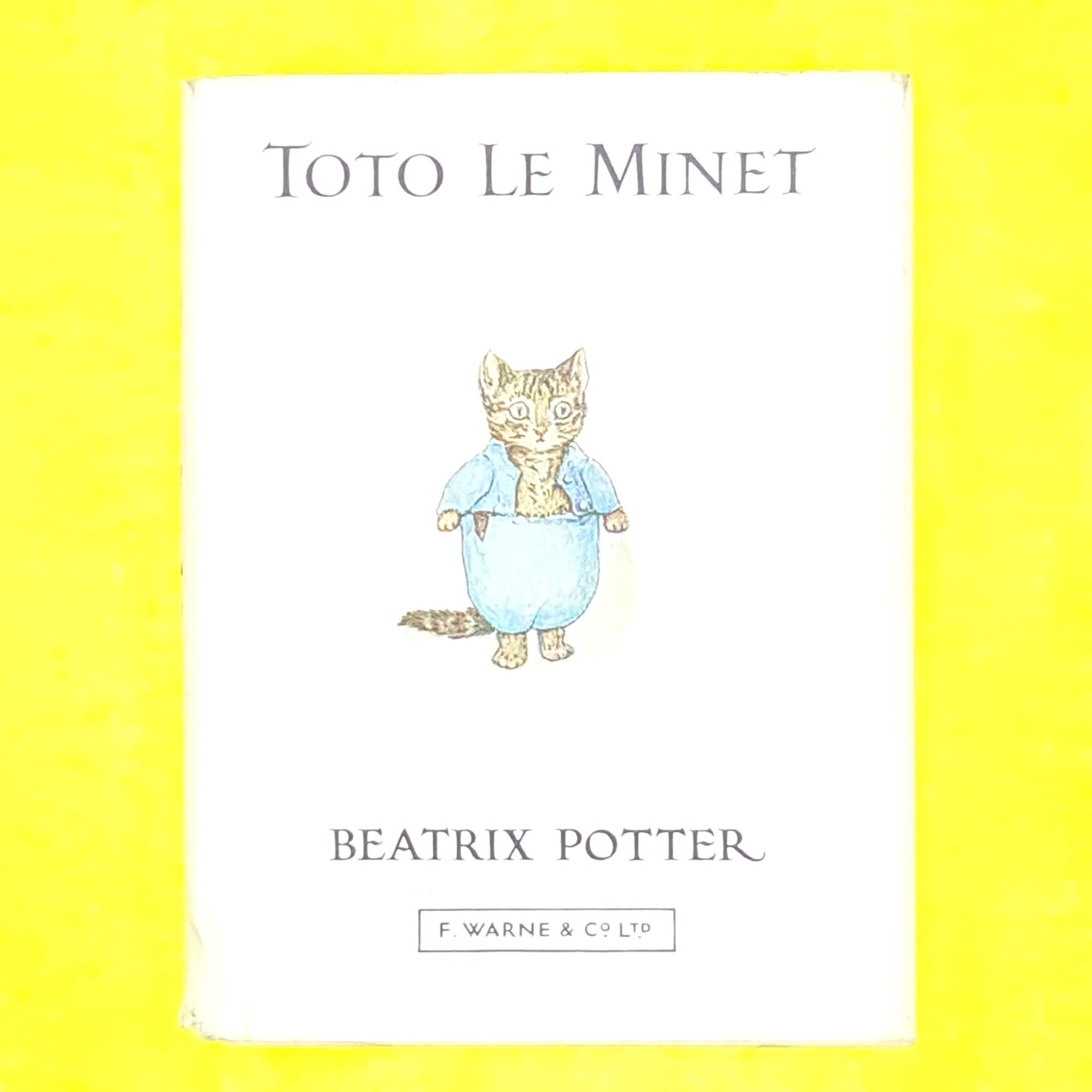 french-language-decorative-books-thrift-tom-kitten-beatrix-potter-country-house-library-old-patterned-1973-warne-antique-vintage-classic-toto-le-minet-