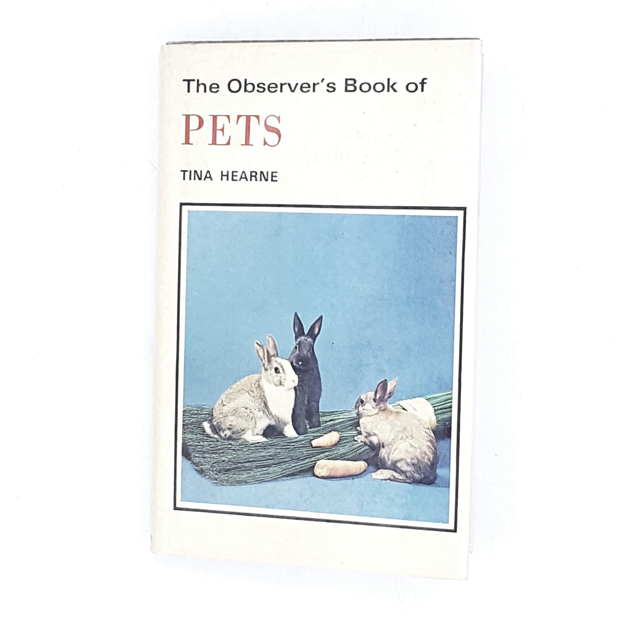 pets-observer-vintage-book-country-house-library
