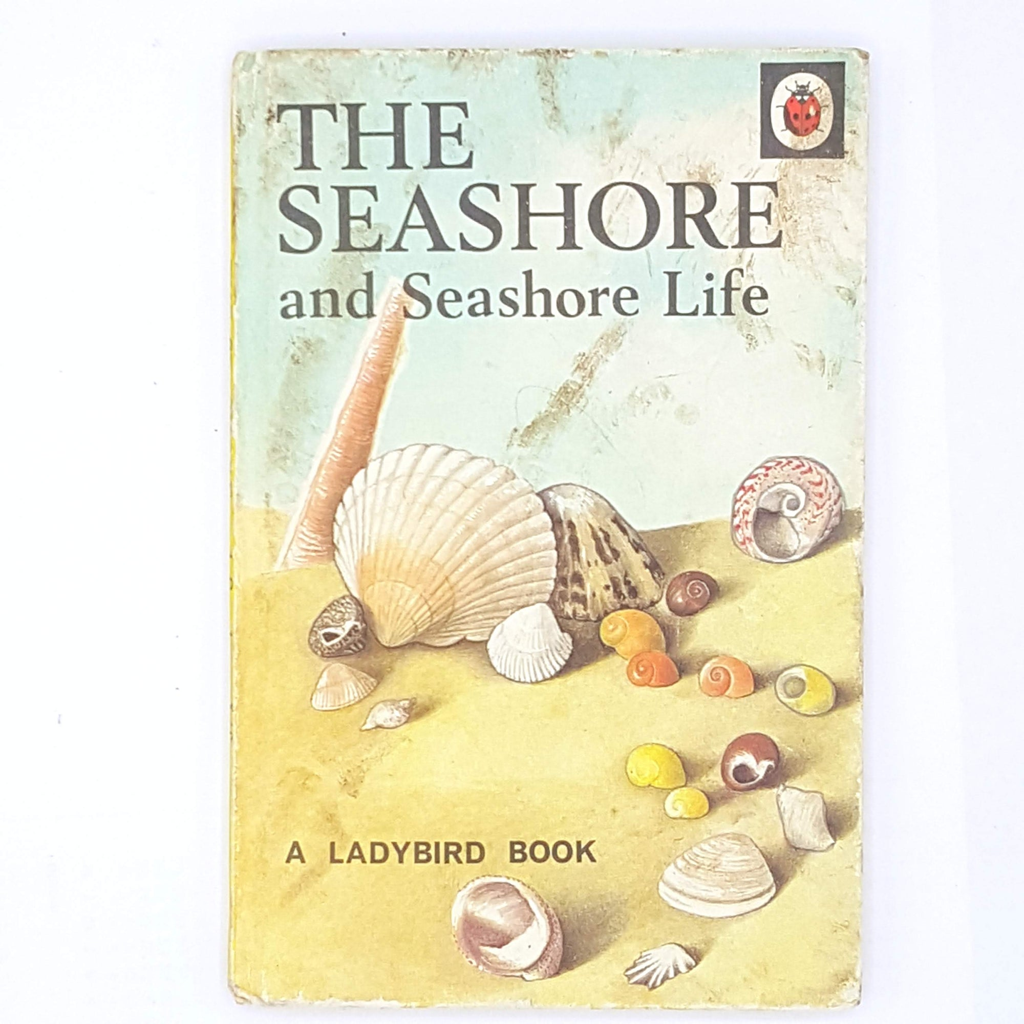 beach-seashore-life-1964-ladybird-patterned-country-house-library-old-seashore-classic-books-vintage-thrift-decorative-antique-