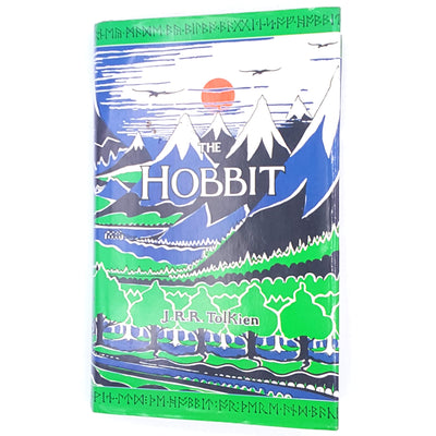 bilbo-baggins-country-house-library-patterned-elves-hobbits-gollum-decorative-Lord-of-the-rings- vintage-J.R.R.Tolkien-books-antique-old-The-Hobbit-classics-thrift-Fantasy-
