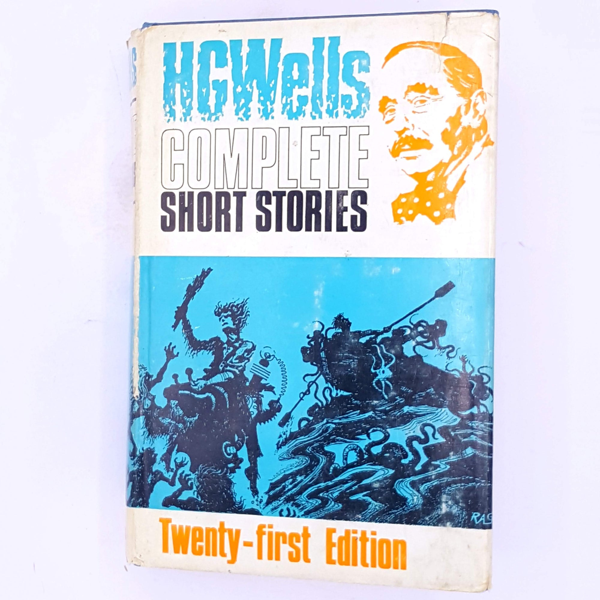 horror-country-house-library-thrift-antique-decorative-vintage-books-science-fictions-H.G.-Wells-Complete-Short-Stories-old-classic-thriller-patterned-