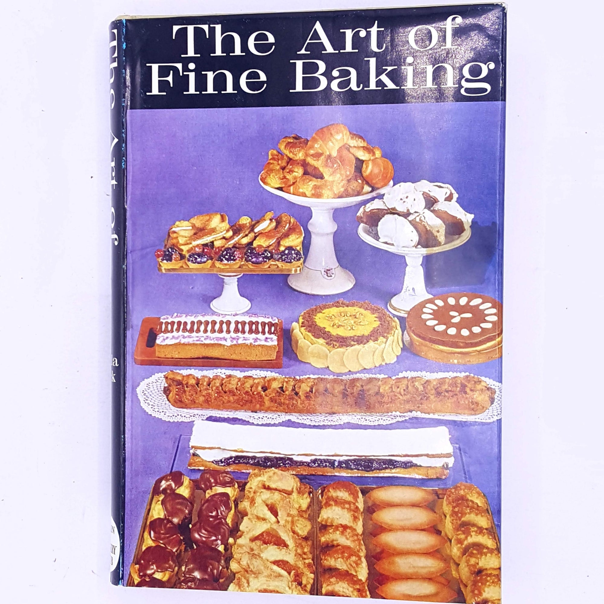 country-house-library-decorative-antique-cooking-food-gifts-hobbies-patterned-classic-cookbook-skills-old-thrift-for-foodies-the-art-of-fine-baking-baking- recipes-books-cookbooks-vintage-