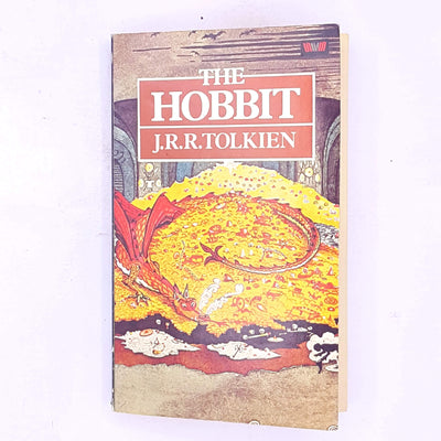 decorative-old-thrift-the-hobbit-J.R.R.-Tolkien-lord-of-the-rings-Dragon-hobbit-dwarf-gollum-smaug-elves-classic-antique-country-house-library-vintage-books-fantasy-science-fiction-magic-mystery-adventure-wizard-magical-patterned-
