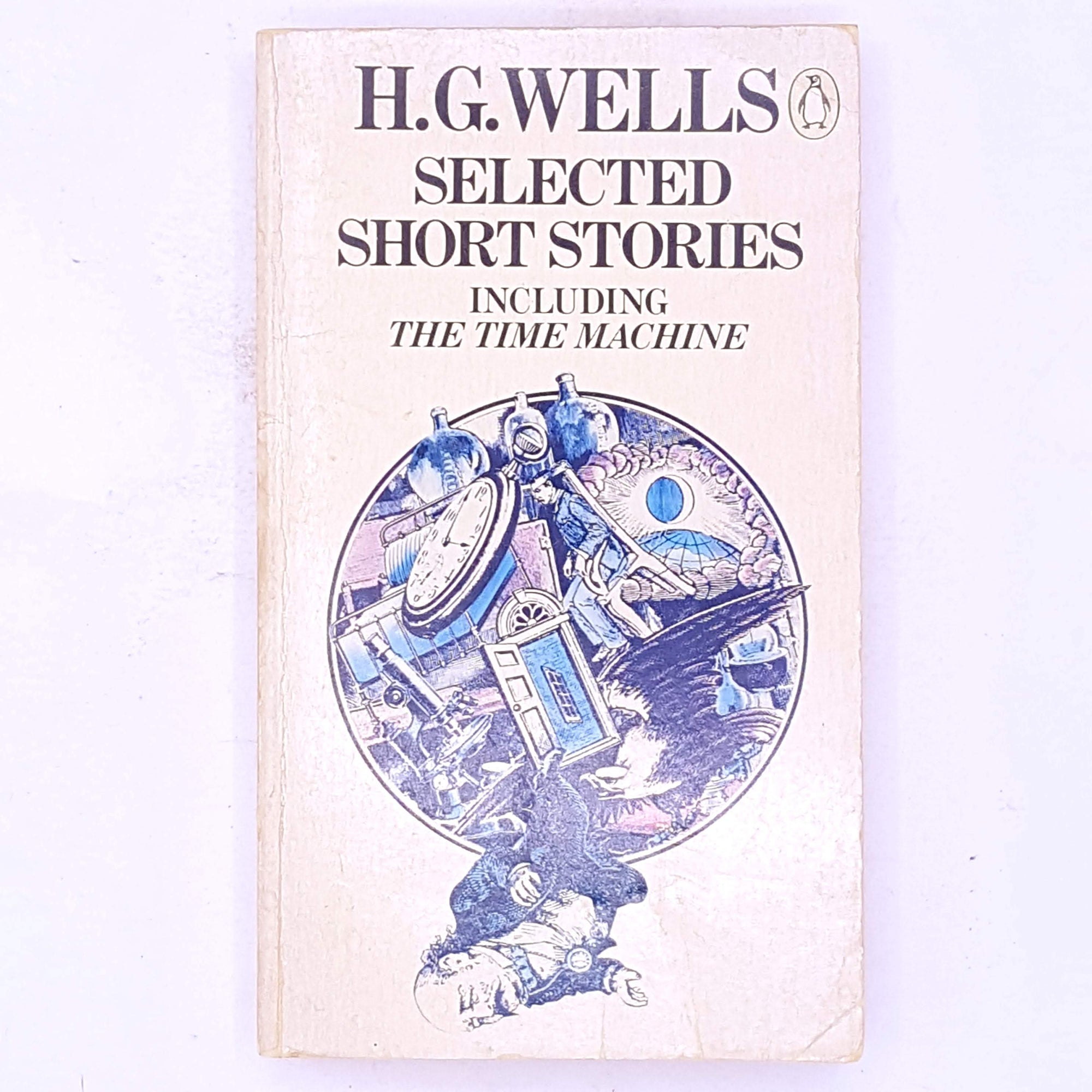 decorative-h.g.-wells-selected-short-stories-including-the-time-machine- penguin-classic-thrift-patterned-country-house-library-vintage-antique-old-science-fiction-future-fantasy- books-