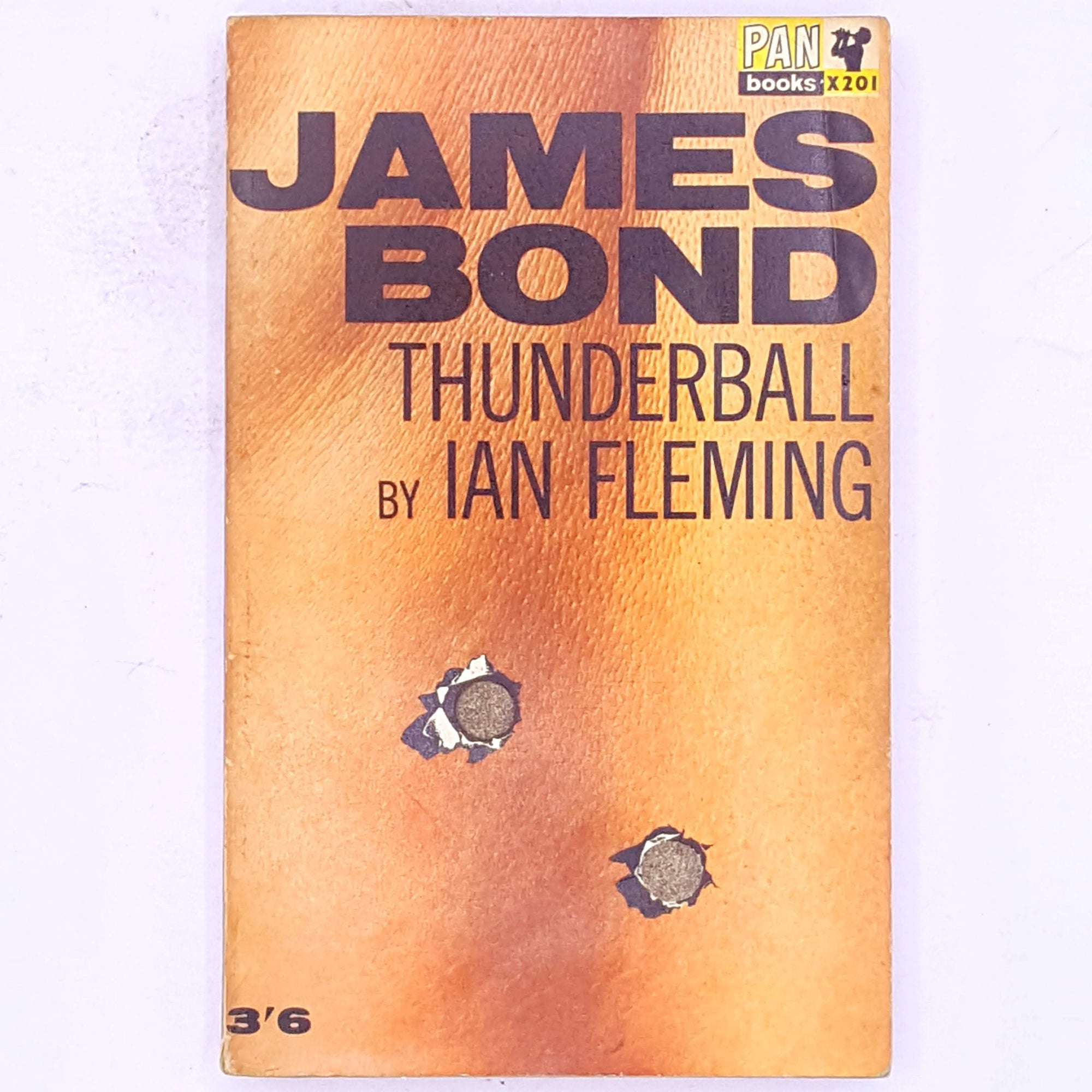books-ian-fleming-thrift-patterned-country-house-library-British-secret-agent-thriller-secret-service-james-bond-antique-classic-decorative-old-vintage-thunderball-007-spy-crime-mystery-