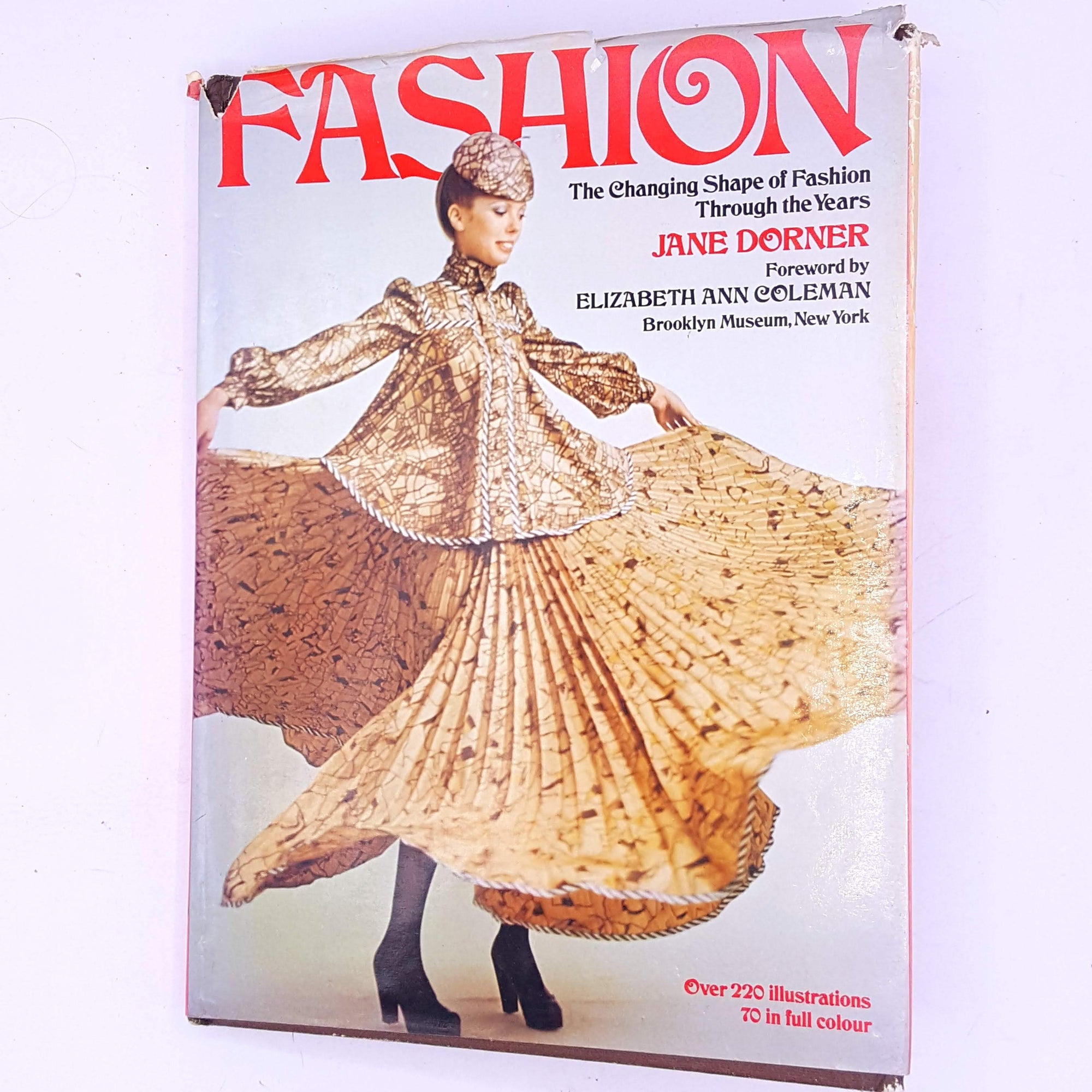 Fashion - The Changing Shape of Fashion Through the Years