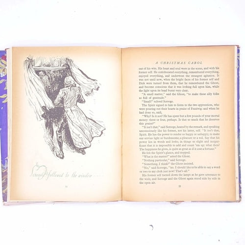 xmas-christmas-gifts-classic-december-25th-present-gift-charles-Dickens-christmas-delivery-patterned-christmas-festive-noel-country-house-library-vintage-thrift-old-christmas-books-antique-christmas-carol-ghosts-and-other-stories-decorative-