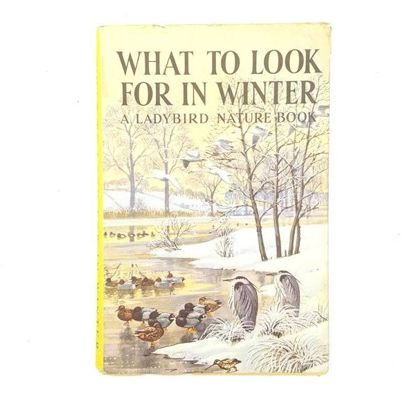 What To Look For In Winter 1959 Country House Library