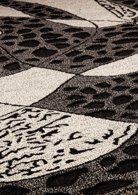 MAT Nova Riddle Area Rug Black/White