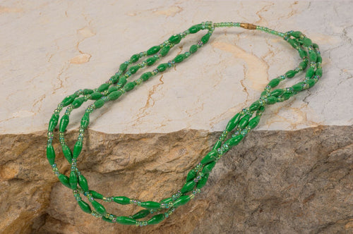 Green Gulu necklace