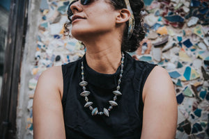 Dark colors Muyenga necklace