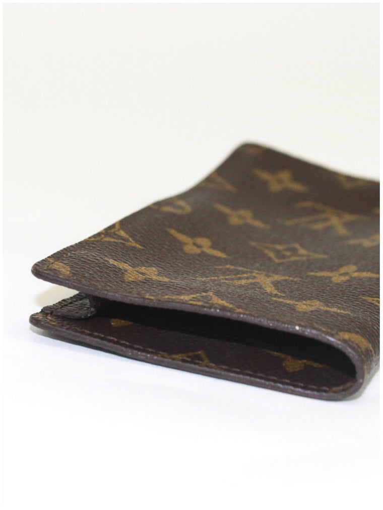 LOUIS VUITTON Monogram Etui a lunettes Simple Glasses Case