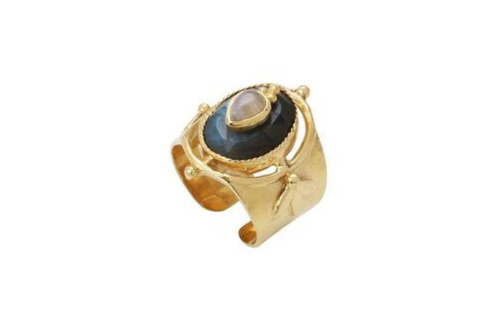 Gold Ring with Onyx and Moonstone