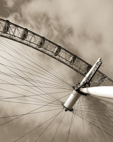 Sepia London eye