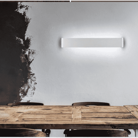 Minimalist Wall Lamp In Black or Silver
